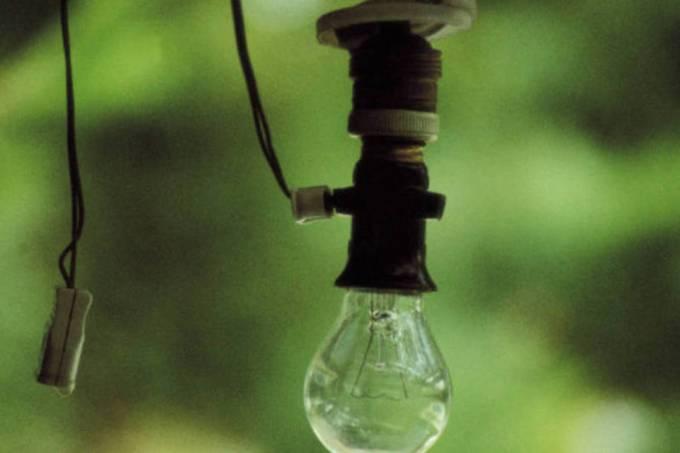Tarifa branca de energia será ampliada a pequenos consumidores em 2020.